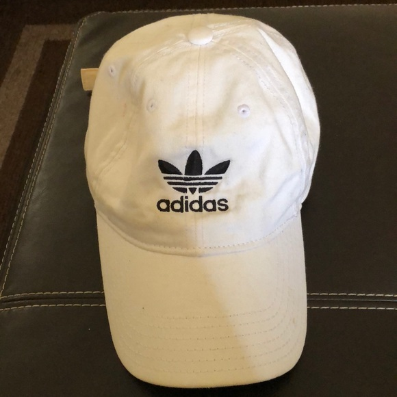 Adidas Men's relaxed hat